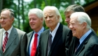 FUENTE: qz.com/1212241 vía @qz FOTO (izq-der): George H.W. Bush, Bill Clinton, Billy Graham, Franklin Graham, y Jimmy Carter (Reuters/Chris Keane)